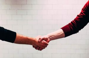 a handshake over successful local link building tactics